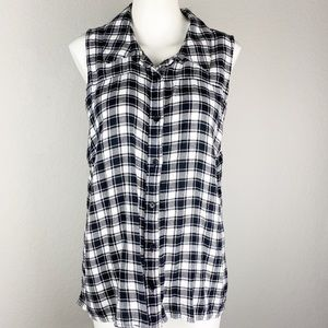 NWT Red Camel Black Plaid Button Sleeveless Top L